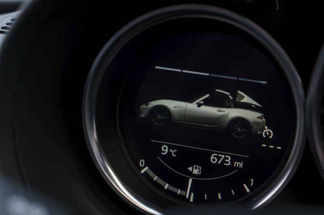 Mazda MX-5 RF inside 04