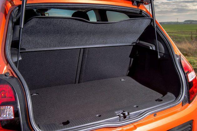 Renault Twingo GT boot