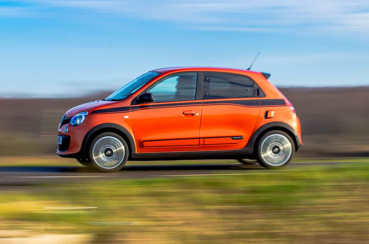 Renault Twingo GT on road side