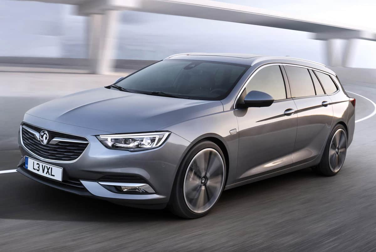1702-Vauxhall-Insignia-Sports-Tourer-01