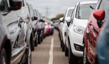 Should I buy a pre-registered car? (The Car Expert)