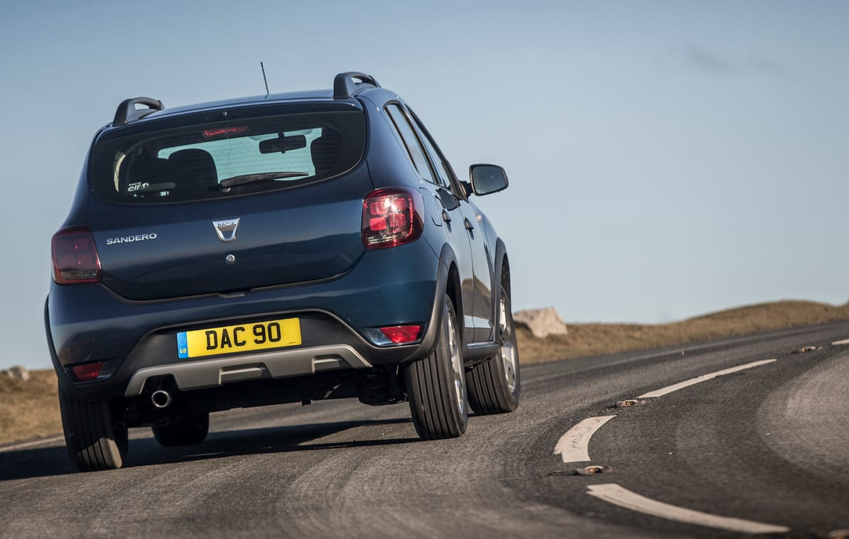 Dacia Sandero Stepway road rear
