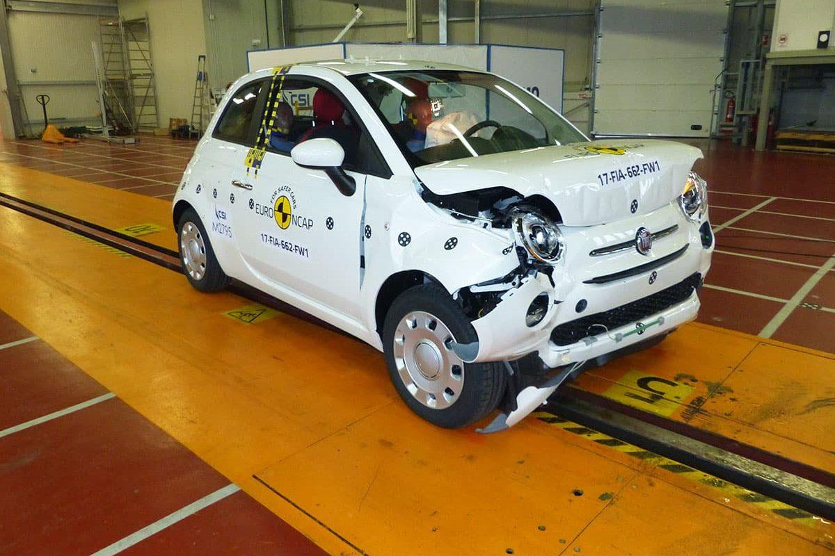FIAT 500 crash test