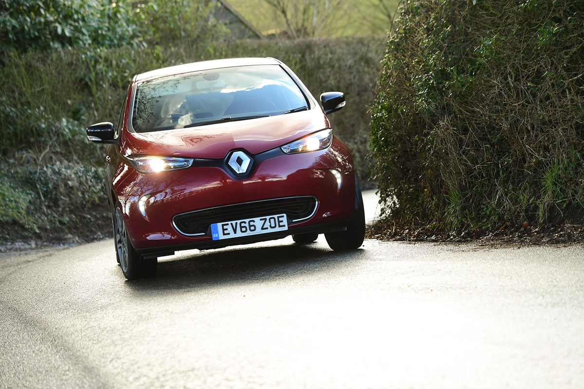 Renault ZOE front speed