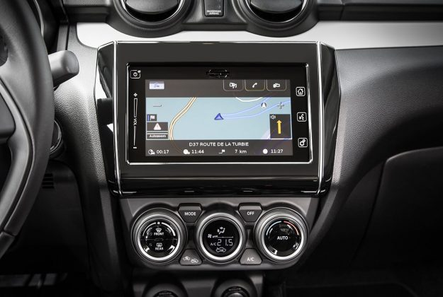 Suzuki Swift touchscreen