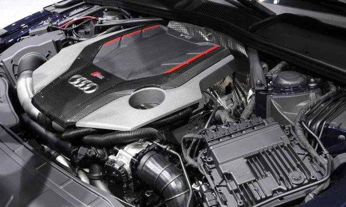 Audi RS 5 engine – 2017 Geneva motor show