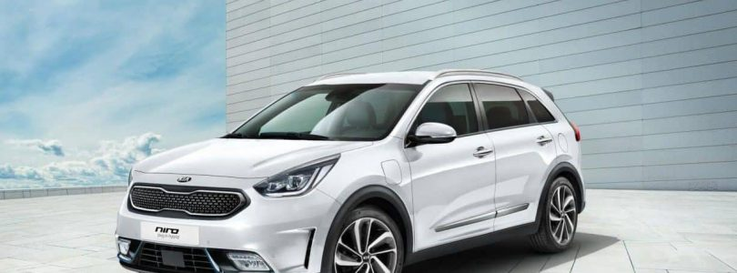 Kia has unveiled two new plug-in hybrids at the Geneva Motor Show 2017: the Niro and Optima Sportswagon