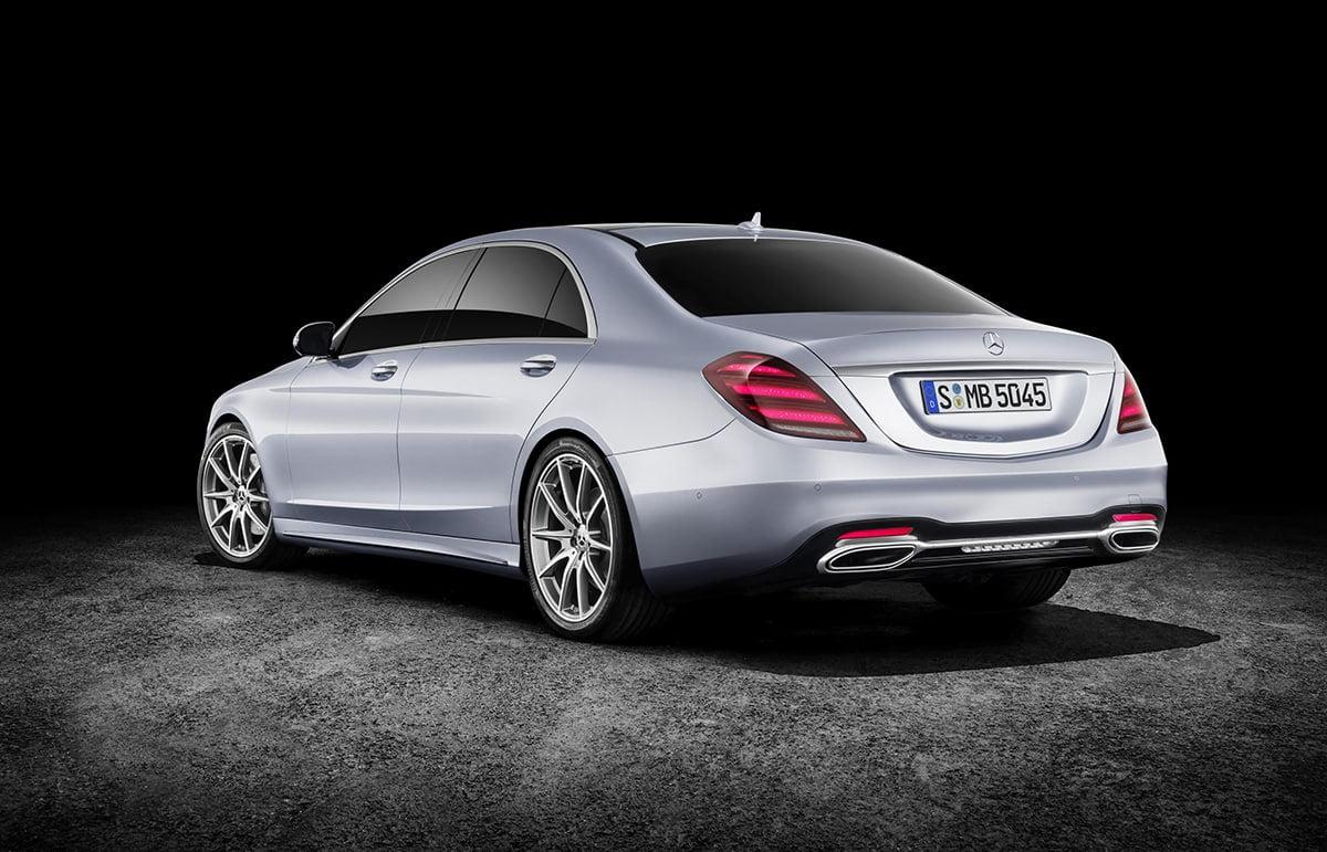 Mercedes-Benz S-Class 02