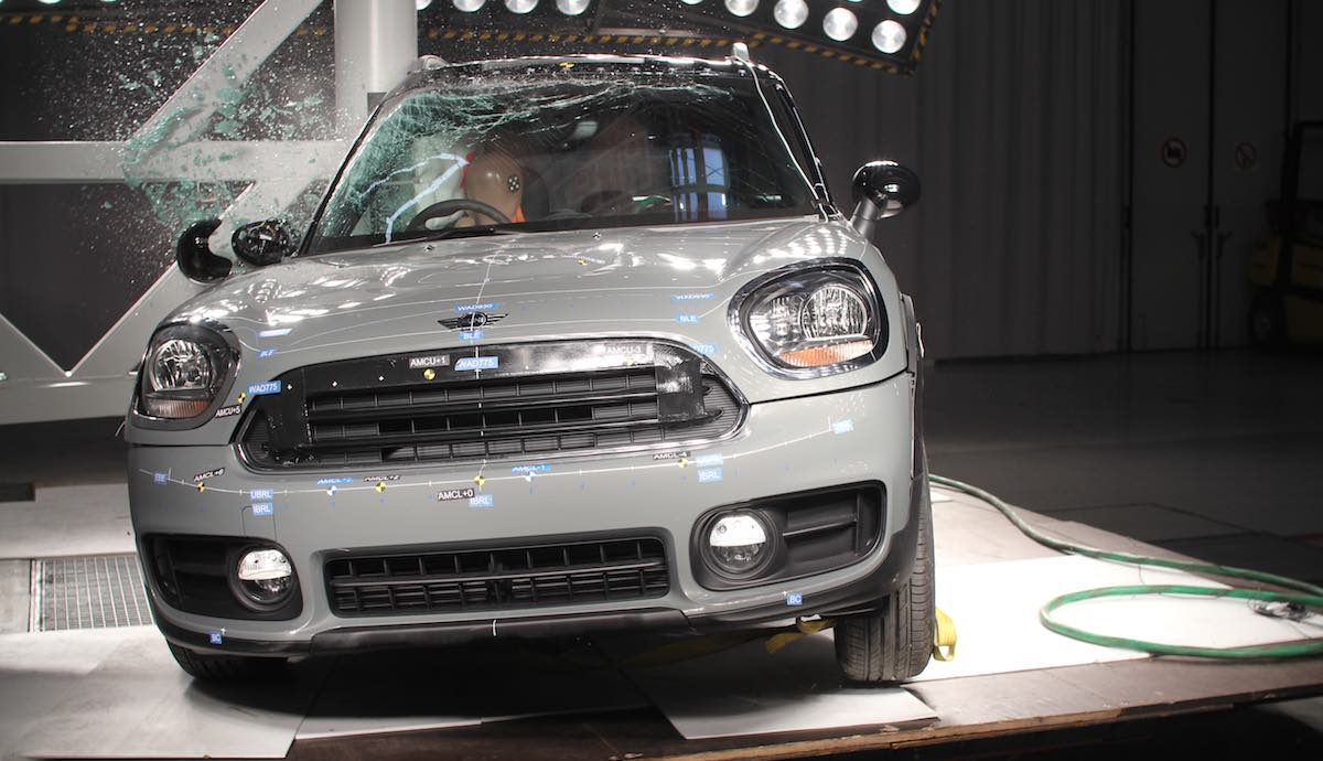 MINI-Countryman-Euro-NCAP-test