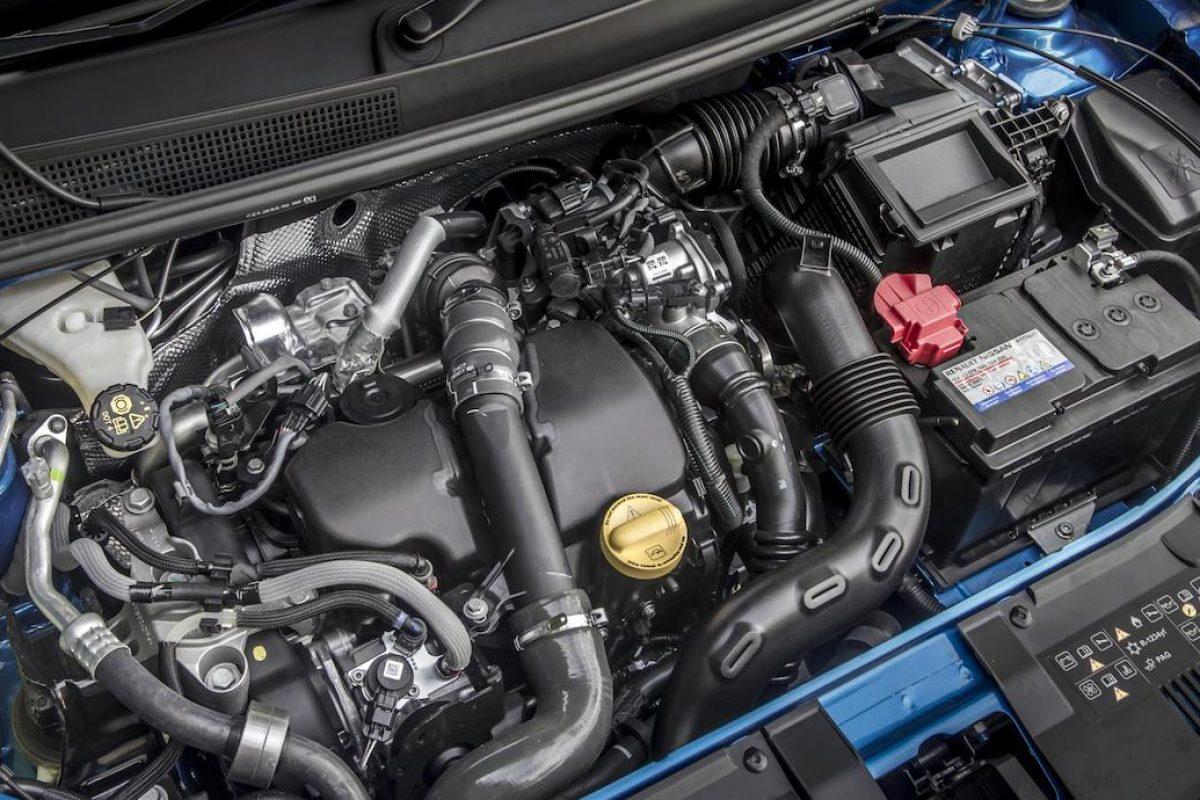 UK car production plummets in April