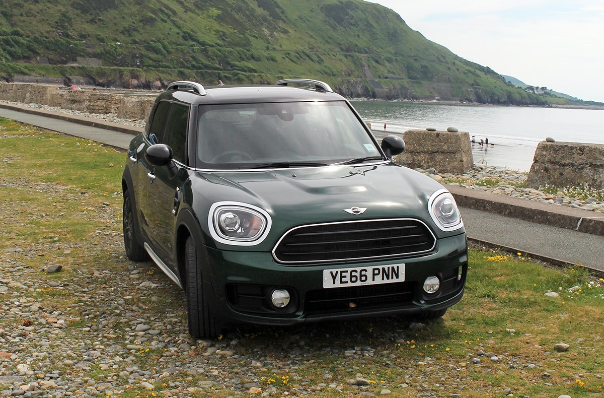 MINI Countryman front - black pack