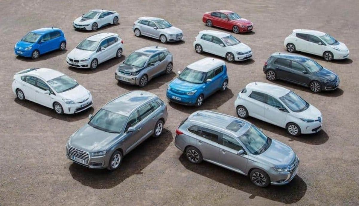 Array of electric vehicles