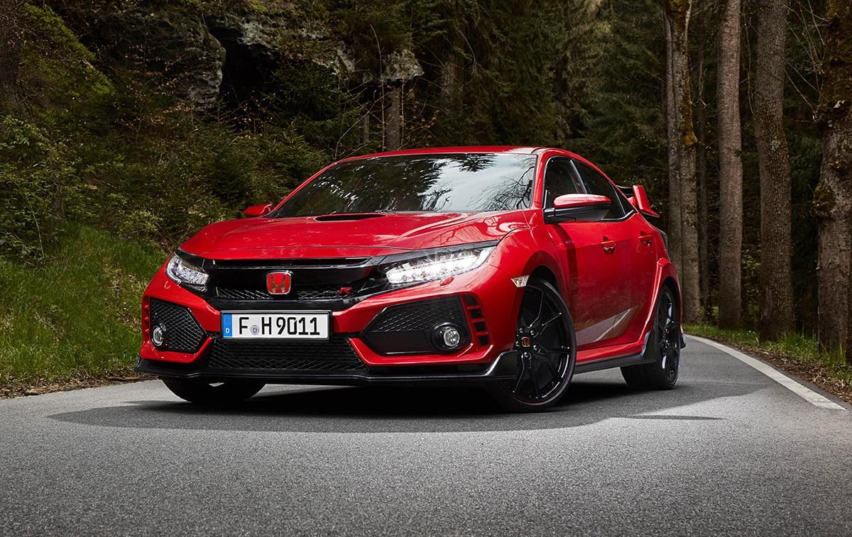Honda Civic Type R looking menacing in red (The Car Expert)