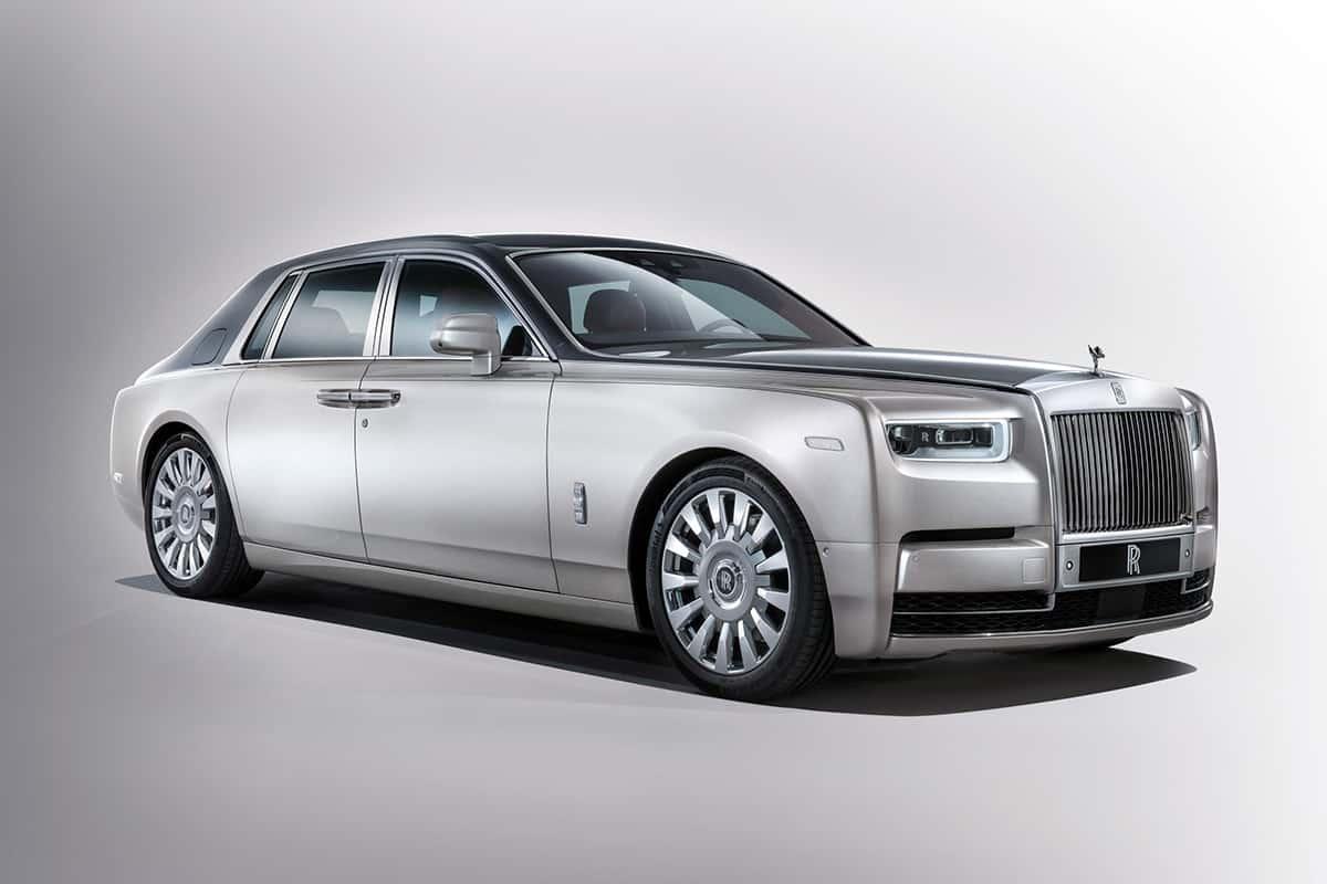 1707-Rolls-Royce-Phantom-01