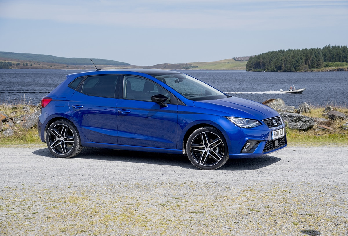 SEAT Ibiza 2017 - static front 3/4 (The Car Expert)