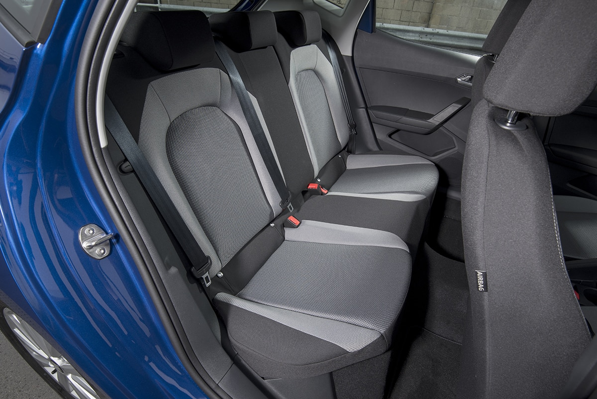 SEAT Ibiza 2017 - rear seats (The Car Expert)
