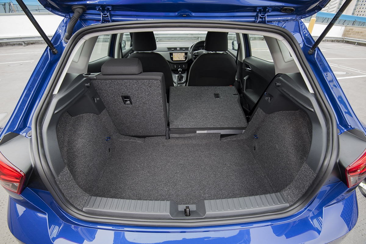 SEAT Ibiza 2017 - boot space (The Car Expert)