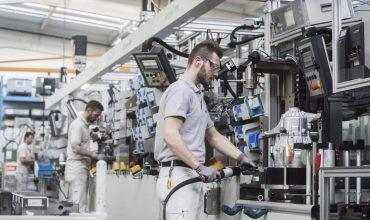 UK car production declines in June