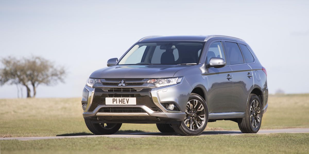 Mitsubishi Outlander PHEV - July 2017