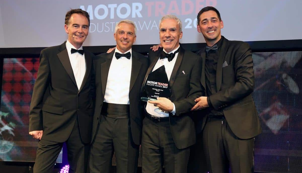 Suzuki wins Carmaker of the Year at the Motor Trader Awards 2017