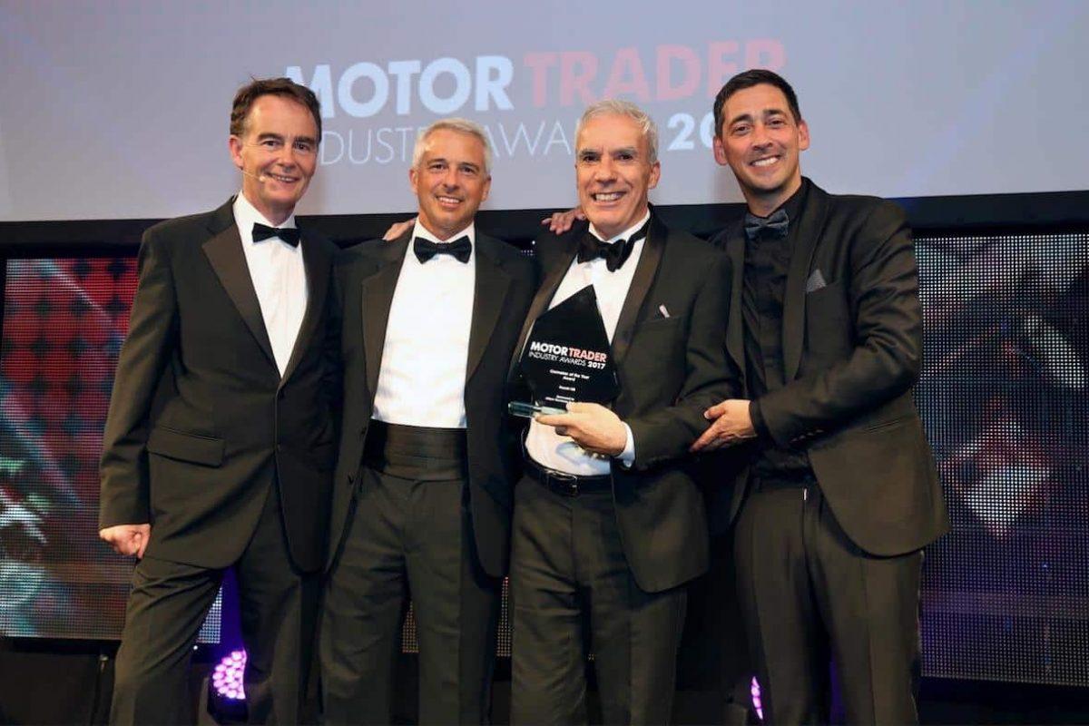 Suzuki wins Carmaker of the Year at the Motor Trader Awards 2017