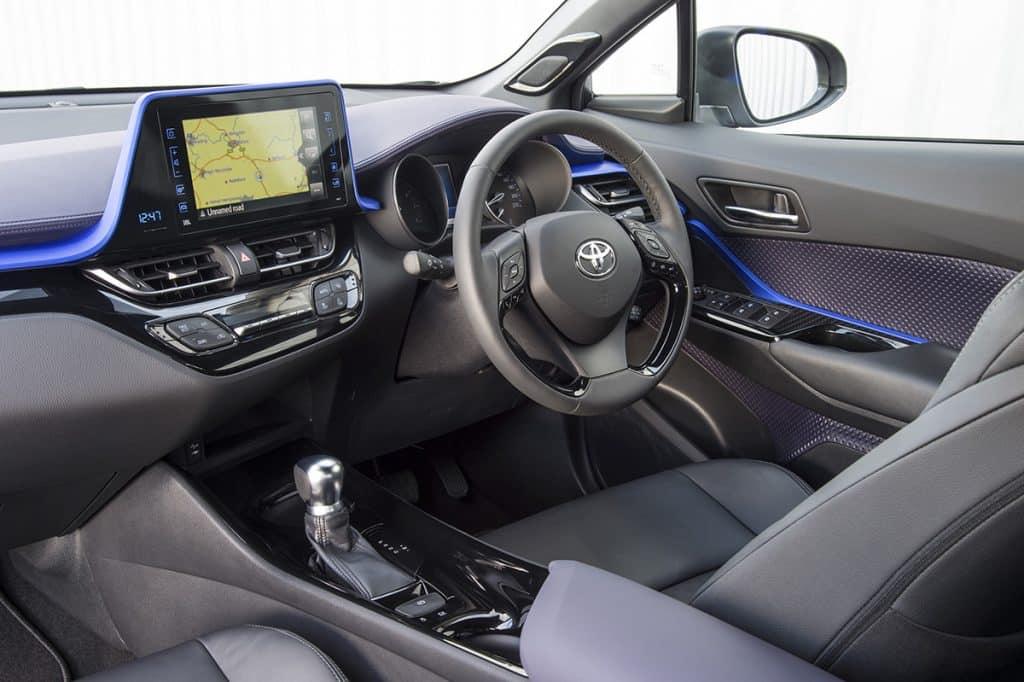 Toyota C-HR - front interior (The Car Expert)
