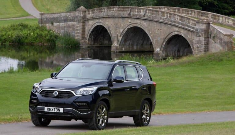 Pricing and specification for SsangYong Rexton