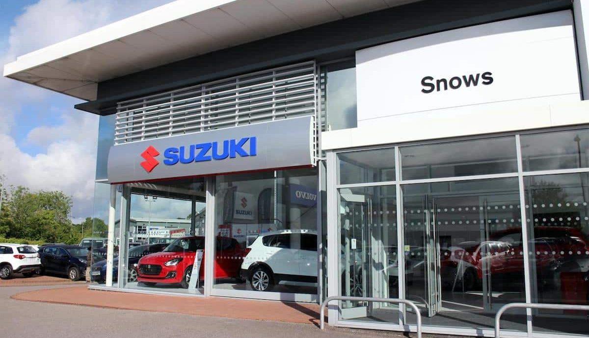 Snows Suzuki Basingstoke 01