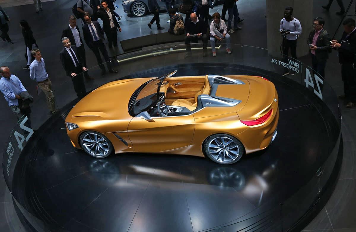 Frankfurt show The Car Expert BMW
