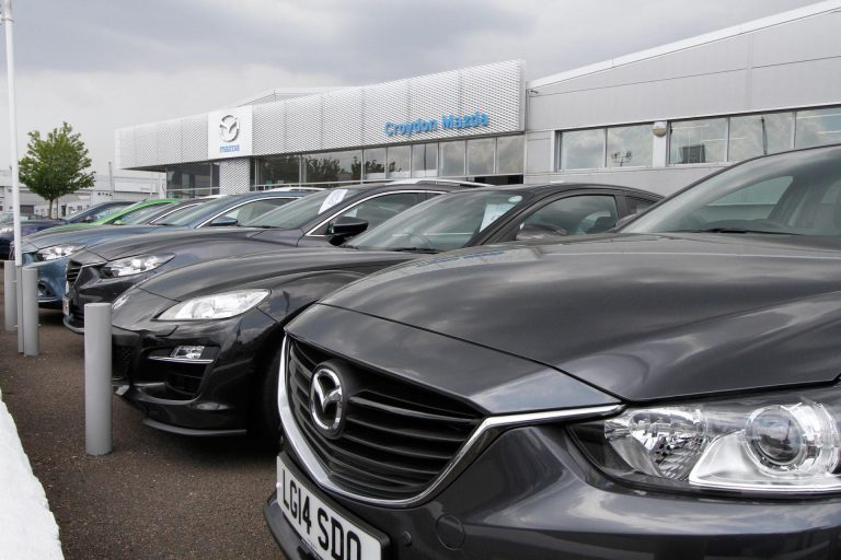 Collapsing car sales – is the car industry in crisis?