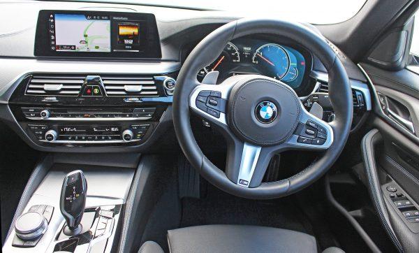 BMW 5 series dashboard   The Car Expert