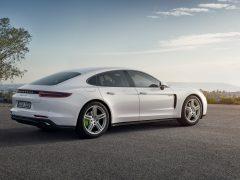 Porsche tops growing hybrid resale values