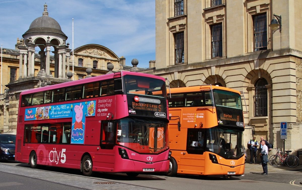 Buses in Oxford city centre