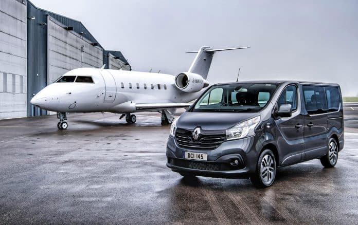 Renault Trafic Spaceclass Offers Nine Seat Shuttle The Car