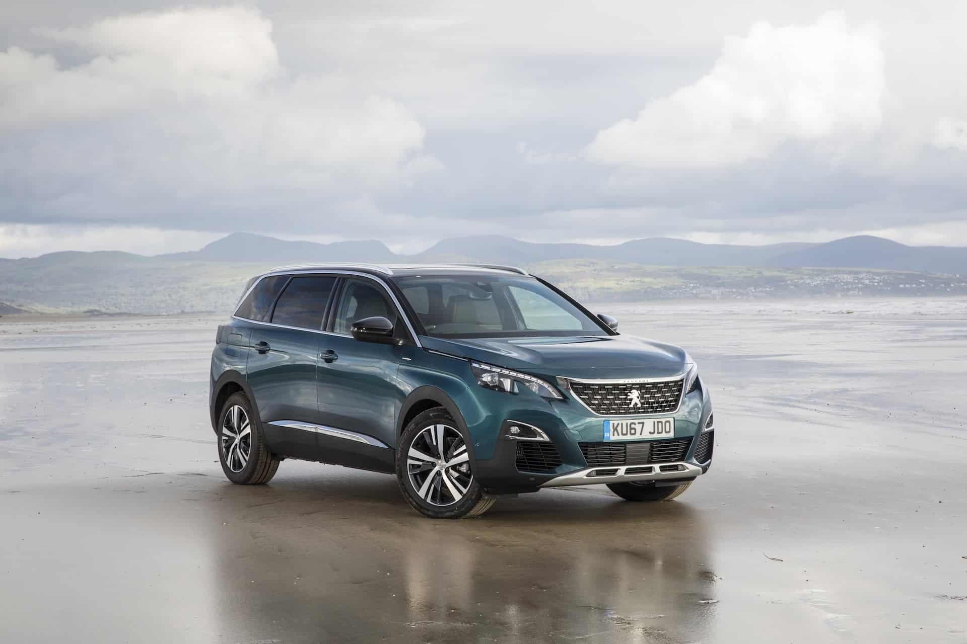 Peugeot 5008 SUV first drive review (The Car Expert)