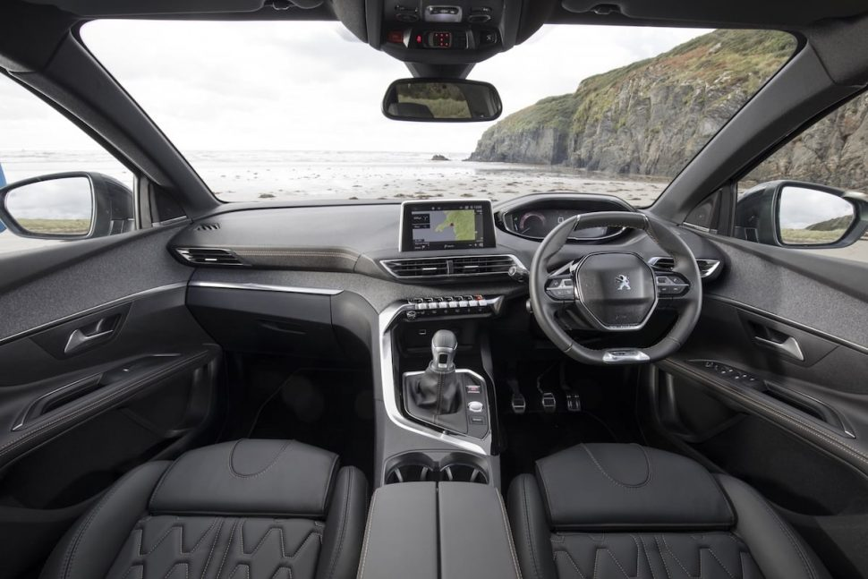 Peugeot 5008 SUV cabin (The Car Expert)