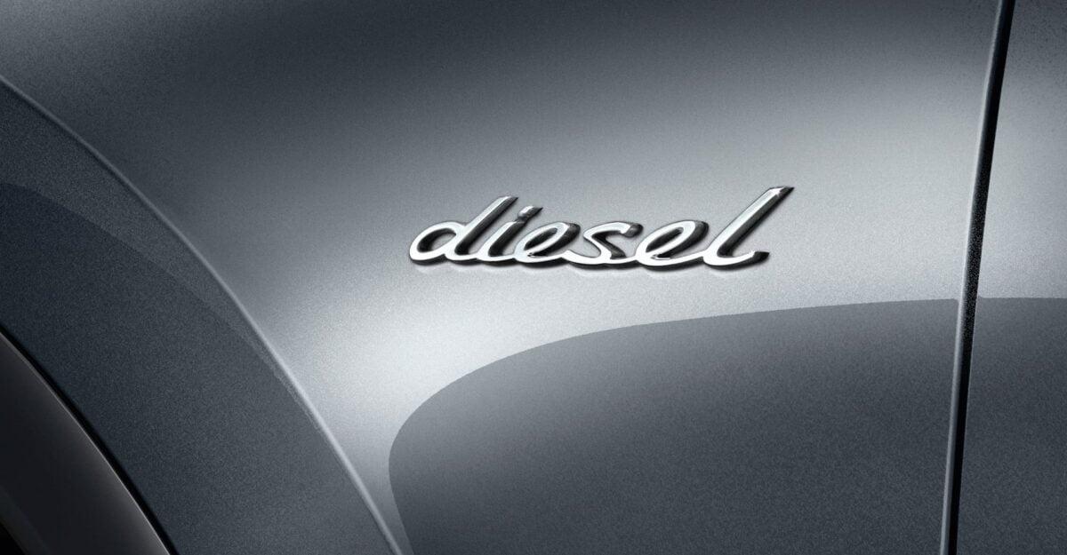 Porsche Cayenne diesel badge