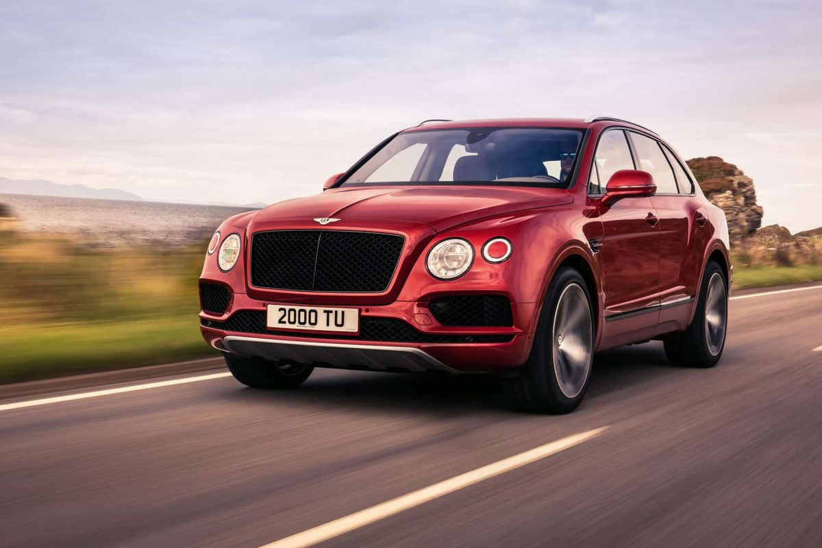 Bentley Bentayga V8 arrives with 542 horsepower
