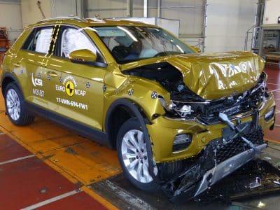 1801-Volkswagen-TRoc-crash-test