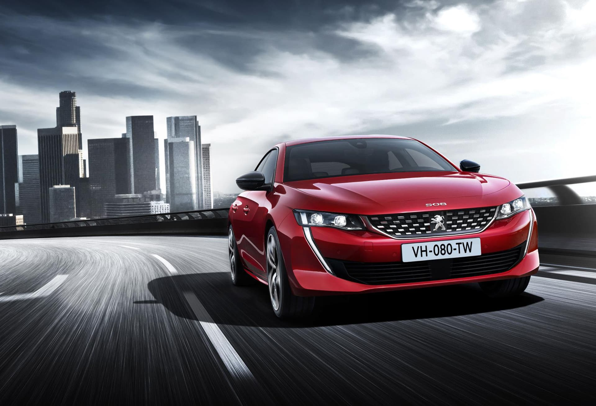 Peugeot 508 shapes up to fight SUVs 1