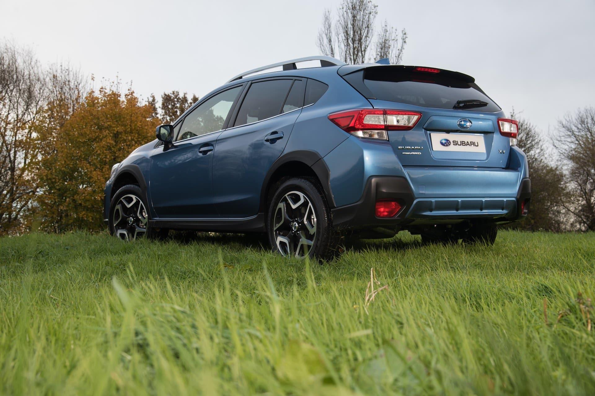 Subaru XV 2018 rear (The Car Expert)
