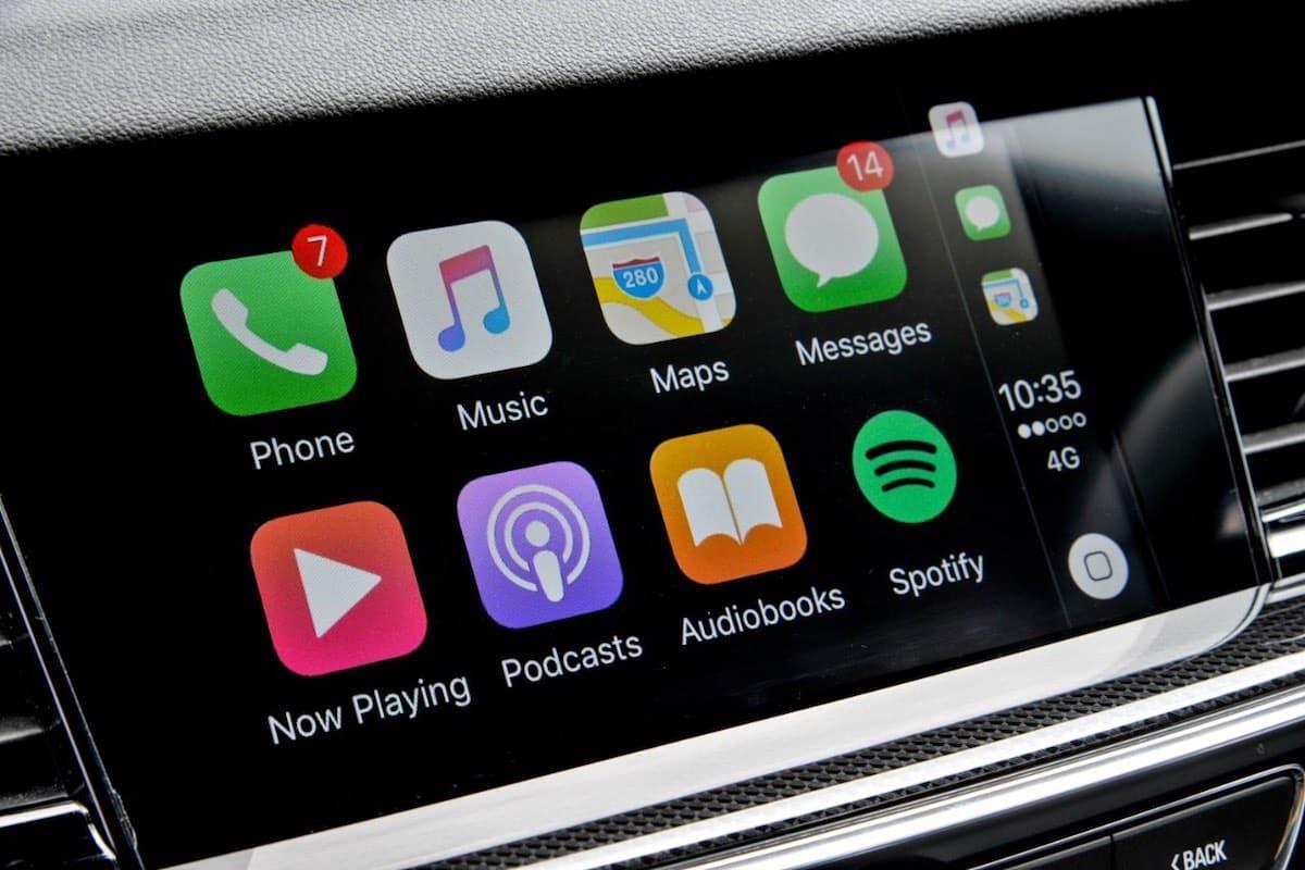 Vauxhall Insignia - Apple CarPlay