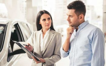 The Motor Ombudsman urges car buyers to use accredited dealers