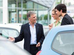 Car buyers do not trust car dealers