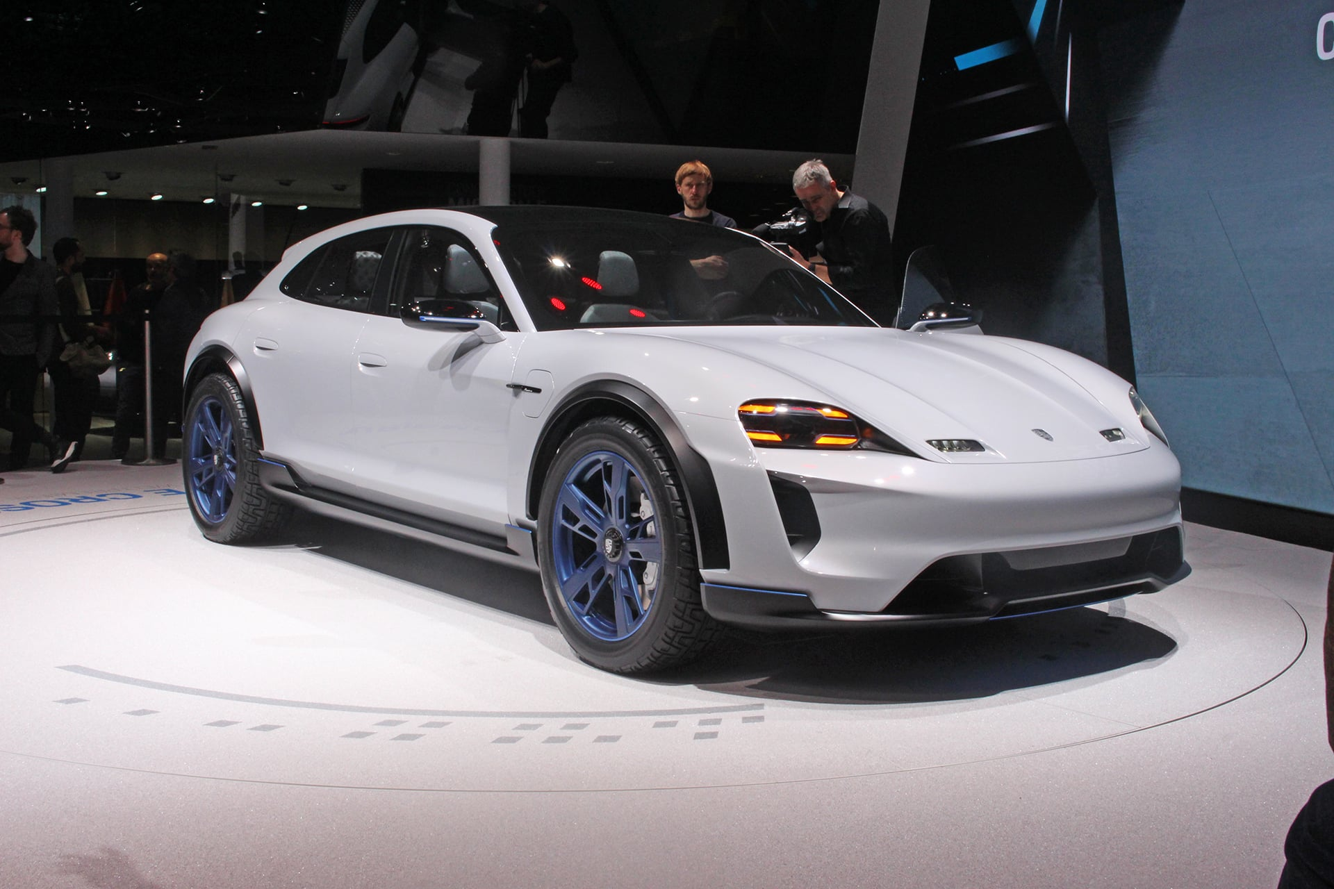 Geneva: more electric unveilings