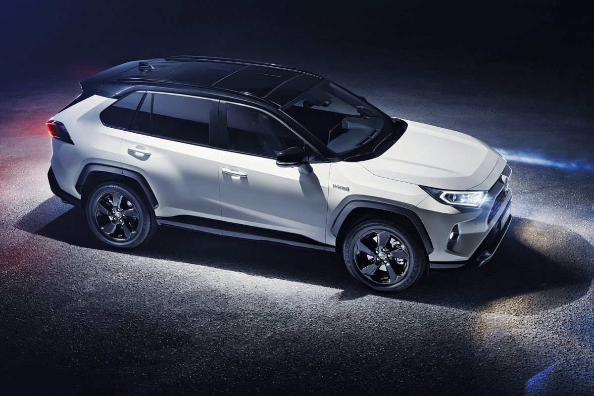 New Toyota RAV4 2019 revealed with bold new design and hybrid powertrain