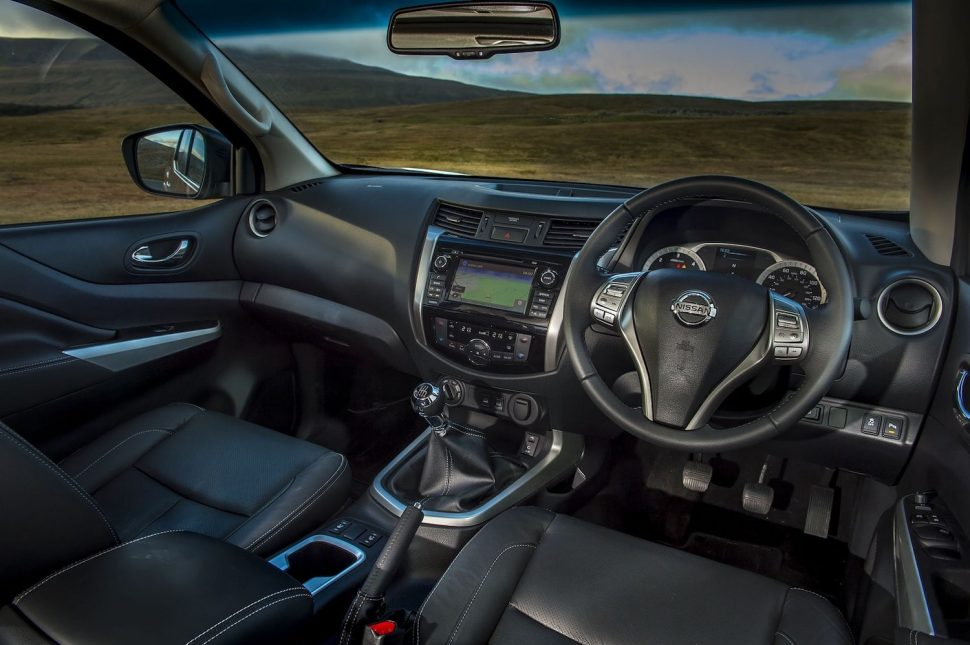 Nissan Navara interior (The Car Expert)