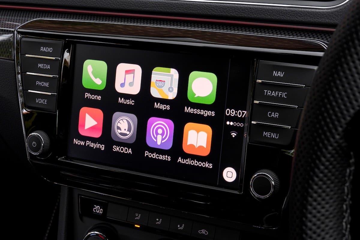 Skoda Superb Apple CarPlay