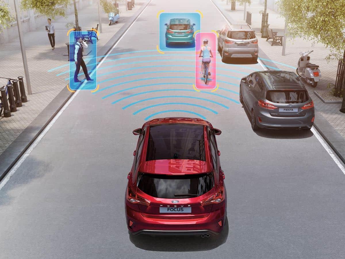 Ford Focus pre-collision alert (autonomous emergency braking)