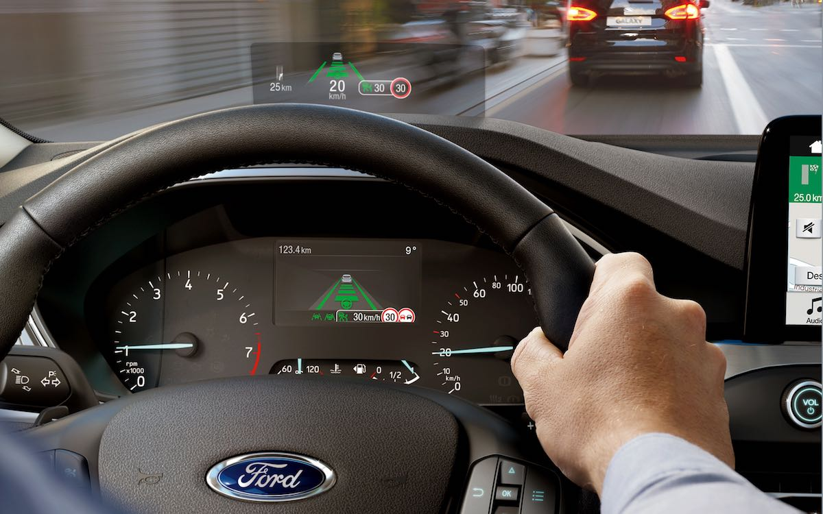 New Ford Focus - head-up display